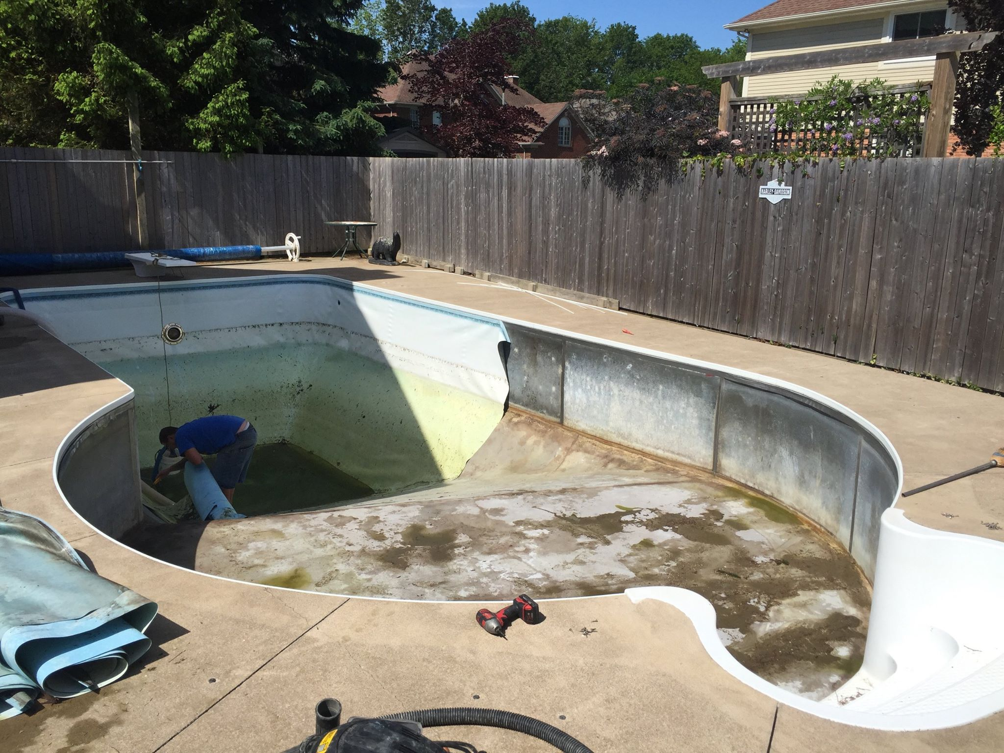 pool_liner_St.Catharines_before